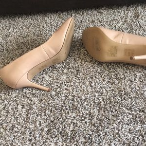 Express Shoes - Nude pumps.